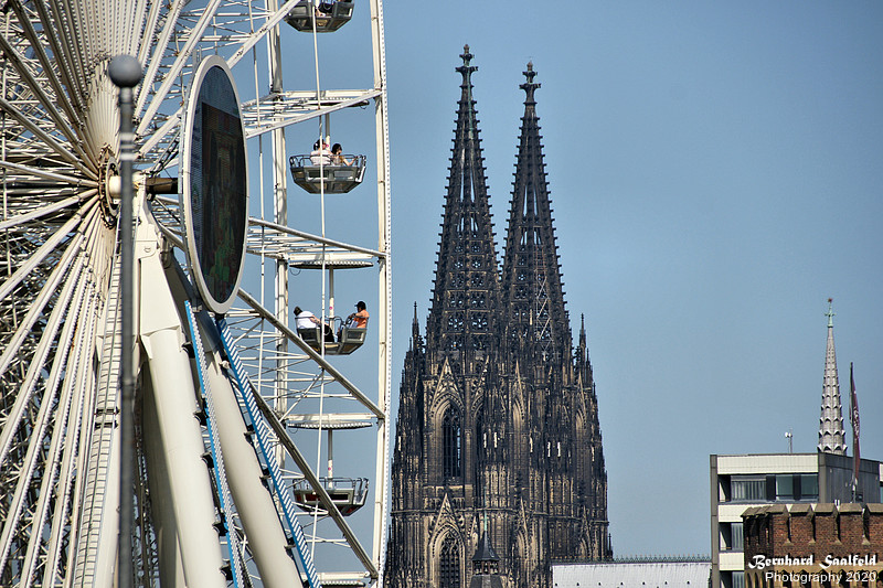 Ferris wheel and Cologne Cathedral - Bernhard Saalfeld